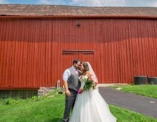 Barn Wedding - The Barn at Stratford - Event Venue - Delaware Ohio