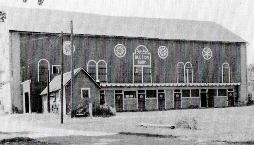Hex Signs on Garth Oberlander Barn - Historic Barn - Delaware Ohio