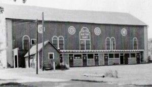 Garth Oberlander Barn - Historic - Delaware Ohio
